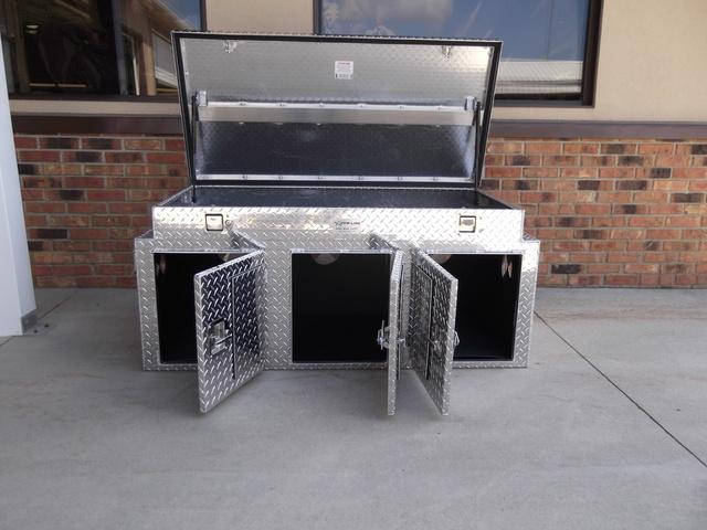 Aluminum Custom Boxes & Livestock Boxes